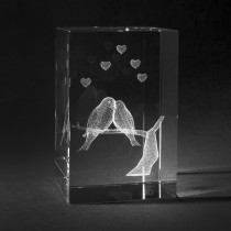 3D Motiv Liebesvögel in Glas gelasert. Geschenk der Liebe