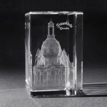 3D Crystal Gebäude und Souvenir, Frauenkirche Dresden in Kristall Glas gelasert, 3D Lasermotive