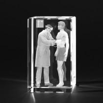 3D Arzt und Patient, Medizinische Motive in Kristallglas gelasert