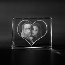 2D Laserfoto, Glasbild: Ihr Foto in Aufsteller aus Kristallglas gelasert by 3D Crystal Portrait