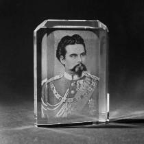 2D Glasfoto von König Ludwig. Portrait in Laser Glas