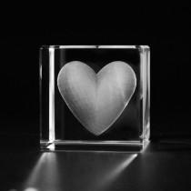 3D Herz in Glas. Valentinstagsgeschenk by 3D Crystal. Motive der Liebe in Glas