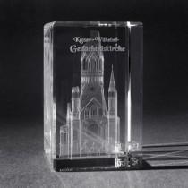 3D Crystal Gebäude und Souvenir, Gedächtniskirche Berlin in Kristall Glas gelasert, 3D Lasermotive