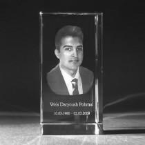 3D Laser Foto in Glas. Ihr Foto vom Gesicht als 3D Foto in Kristall