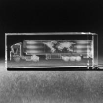 3D Lasergravur in Kristall Glas. LKW Sattelschlepper