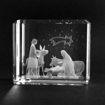 3D Weihnachtsmotiv. Krippe Heilige Familie in Kristall Glas