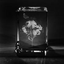3D Crystal Motiv Blume in Laser Glas:  Lilie mit Schmetterling