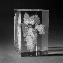 3D Weintrauben in Kristall Glas gelasert. 3D Crystal Früchte