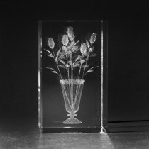 3D Blumen: Rosen in Vase in Kristall Glas gelasert. 3D Crystal Motiv