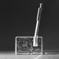 3D Sternzeichen Schütze im Stiftehalter aus Glas gelasert. 3D Crystal Motive in Kristallglas