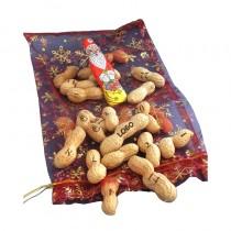 Adventskalender mit gravierten Nüssen. Logo Ernuss. Lasergravur auf Logo Obst